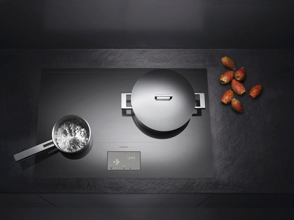 Piano cottura Full Induction di Gaggenau - Arredamenti Nucibella